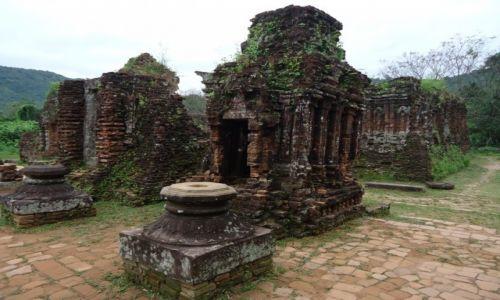 Zdjęcie WIETNAM / Prowincja Quang Nam / środkowy Wietnam / My Son / Architektura Czamów (5)