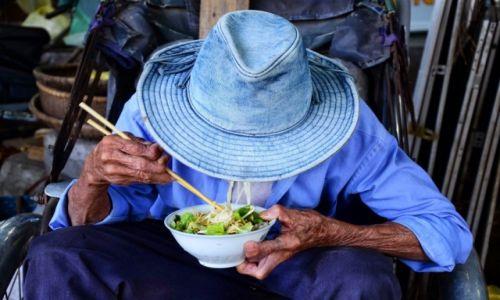 Zdjęcie WIETNAM / Hoi An / Hoi An / Noodles