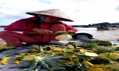 Zdjecie WIETNAM / - / Delta Mekongu  / Pływałący targ