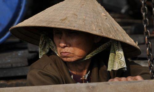 Zdjecie WIETNAM / Delta Mekongu / Can Tho / Wietnamka