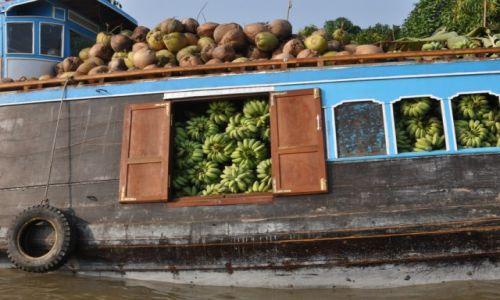 Zdjecie WIETNAM / Delta Mekongu / Can Tho / Transport owoców