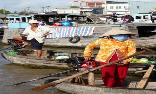 Zdjecie WIETNAM / Delta Mekongu / pływający targ nad Mekongiem / konkurs - nad Mekongiem