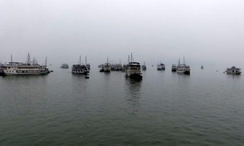 Zdjęcie WIETNAM / ... / Ha Long / Powrót do portu