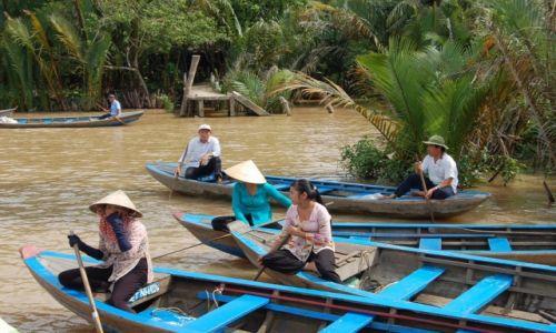Zdjecie WIETNAM / - / Delta Mekongu / Czekajac na nas..