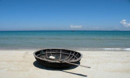Zdjecie WIETNAM /  Quảng Nam / Hoi An / Rybacka łódka