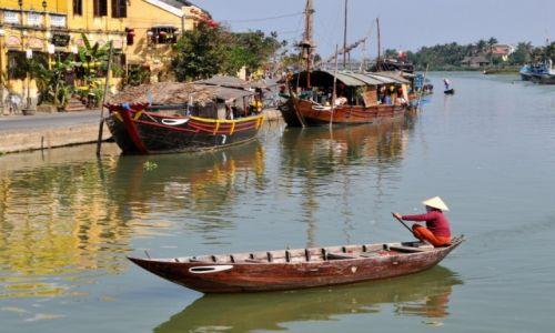 Zdjęcie WIETNAM / środkowy Wietnam / Hoi An / Płynąc