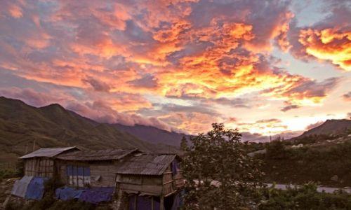 Zdjecie WIETNAM / Prowincja Lao Cai / Okolice Sapa / Płonące obłoki