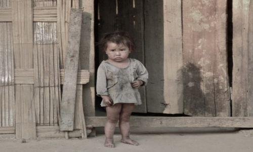 Zdjęcie WIETNAM / Północny / przy granicy z chinami / dziewczynka