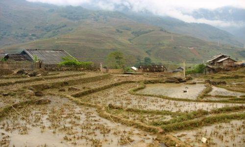 Zdjecie WIETNAM / Północny Wietnam / Wioska Hmongów w okolicy Sapa / Wioska Czarnych Hmongów