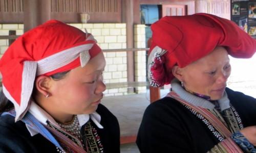 Zdjecie WIETNAM / prowincja Lao Cai / Sa Pa / Kobiety z plemiona Czerwonych Hmongów