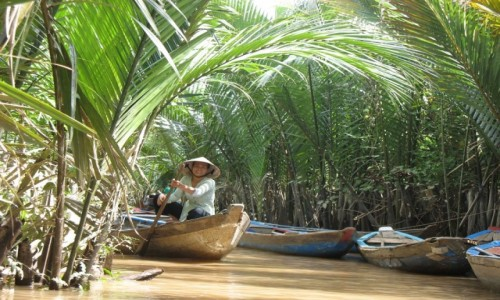 Zdjecie WIETNAM / Delta Mekongu / Na rzece Mekong / Wioślarka z Mekongu