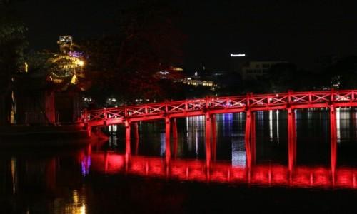 Zdjecie WIETNAM / - / Hanoi / Piekielny most do raju