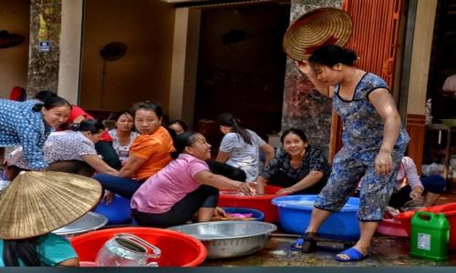 Zdjecie WIETNAM / Prowincja Hoà Bình / Mai Chau / Zmywanie kolektywne ;)