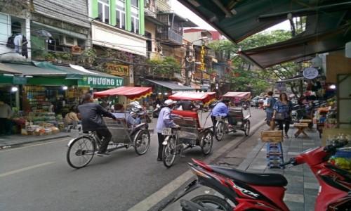 Zdjecie WIETNAM / Wietnam / Hanoi / ulica w Hanoi