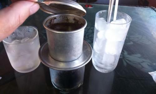 Zdjecie WIETNAM / Azja / Vung Tau / typowa kawa a`la wietnam