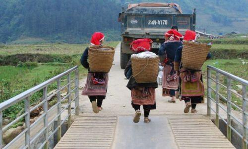 Zdjęcie WIETNAM / Sapa / Sapa / Kobiety z plemienia