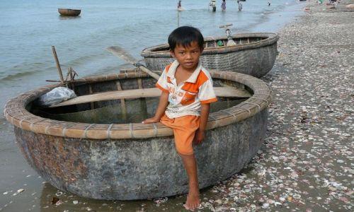 Zdjęcie WIETNAM / Mui Ne / porcik / mały rybak