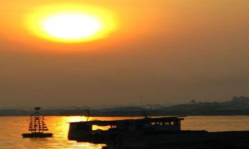 Zdjecie WIETNAM / brak / Mekong / wschod slonca na Mekongu