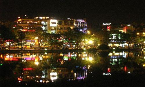 Zdjęcie WIETNAM / brak / Hanoi / Hanoi nocą 1