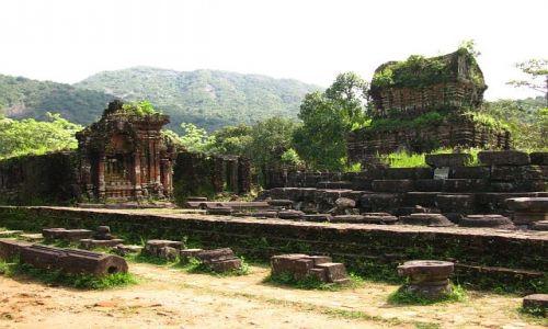 Zdjęcie WIETNAM / okolice Hoi An / dżungla / My Son 1