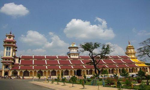 Zdjęcie WIETNAM / okolice Sajgonu / Tay Ninh / katedra kaodaistyczna