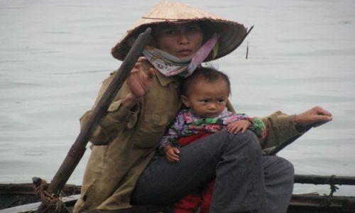 Zdjecie WIETNAM / - / Zatoka Ha Long / brak perspektyw na przyszłość