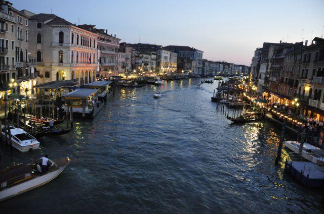 Zdjęcia: Wenecja , Wenecja , z mostu, WłOCHY