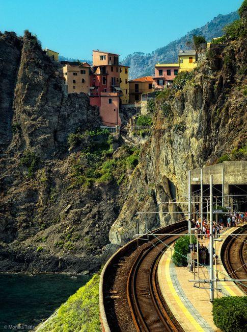 Zdjęcia: Manarola, Cinque Terre, Stacja kolejowa, WłOCHY