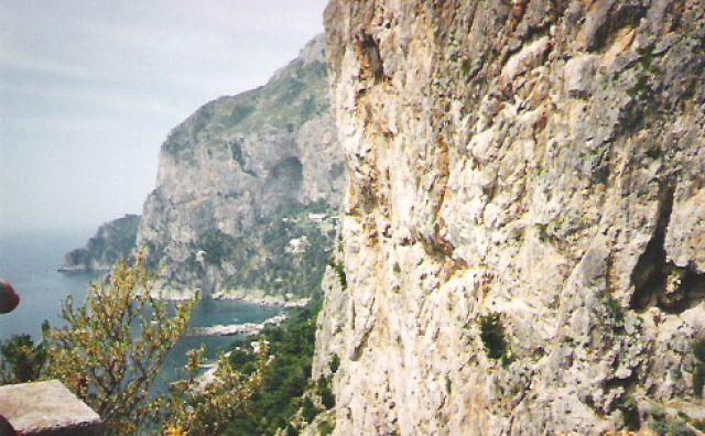 Zdjęcia: Wyspa Capri, Skały Capri, WłOCHY