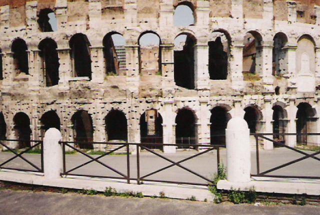 Zdjęcia: Rzym, Część Koloseum, WłOCHY