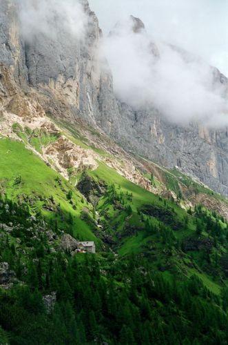 Zdjęcia: Masyw Marmolady, Dolomity, Którędy do schroniska?, WłOCHY