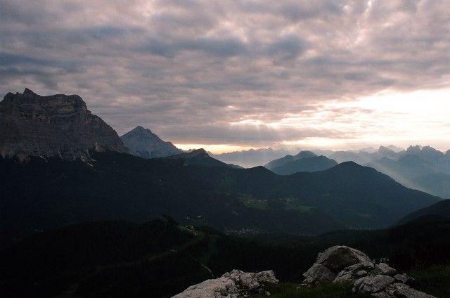 Zdjęcia: Civetta, Dolomity, Czy niebo może zwalić sie na głowę?, WłOCHY
