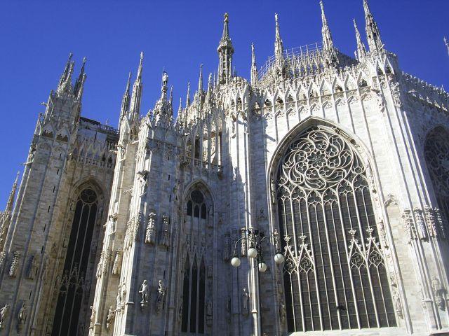 Zdjęcia: Mediolan, Katedra w Mediolanie-od d....rugiej strony:-), WłOCHY