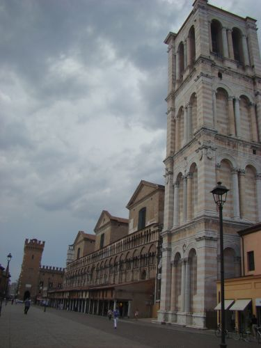 Zdj�cia: FERRARA, ITALIA, PLAZZA, W�OCHY