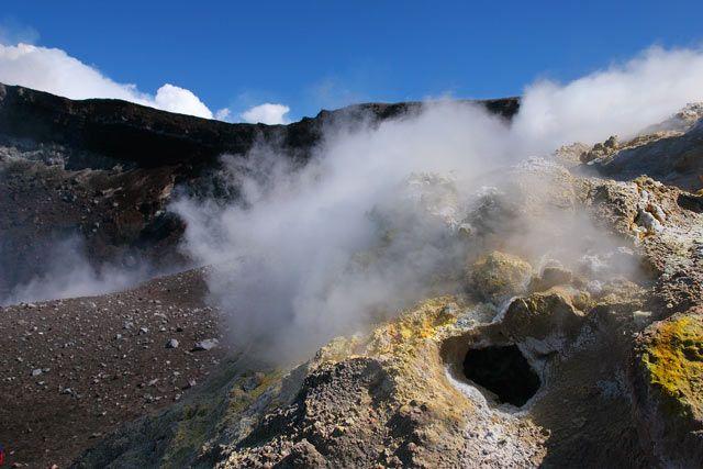 """Zdjęcia: Sycylia - Etna, """"Okienko do wnętrza Ziemi"""", WłOCHY"""