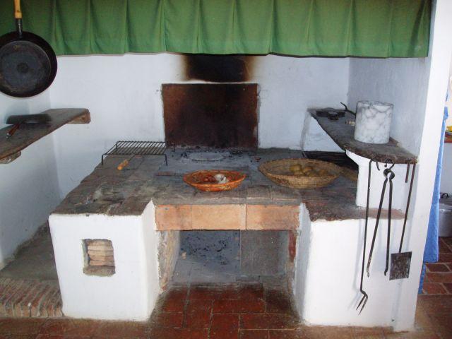 Zdjęcia: Pomarance, Toscana, Kuchnia w starym domu, WłOCHY