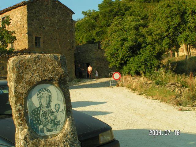 Zdjęcia: Pietrarubbia - klasztor, Marche, Pietrarubbia , WłOCHY