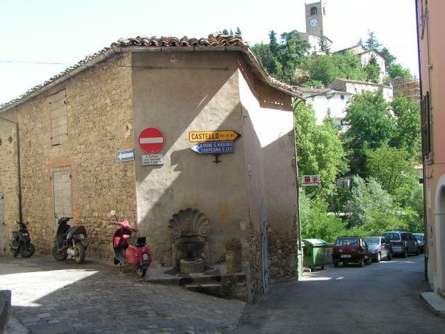 Zdj�cia: Ulica, Marche, Macerata Feltria, W�OCHY