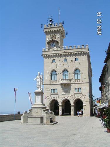 Zdj�cia: Ratusz, Marche, San Marino, W�OCHY