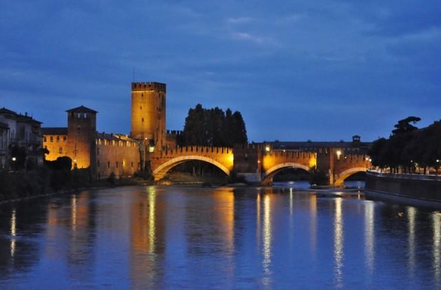 Zdjęcia: Werona, Veneto, Werona, zamek i most, WłOCHY