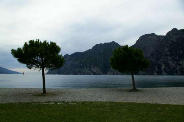 Zdjęcia: Lago di Garda, Widok na Gardę , WłOCHY