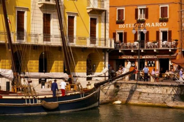 Zdjęcia: Lago di Garda, Malcesine centrum, WłOCHY