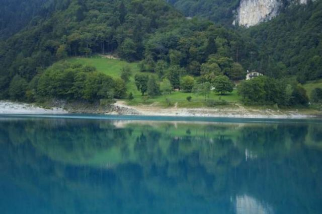 Zdj�cia: Lago di Garda, Lago di Tenno, W�OCHY