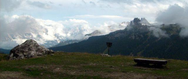Zdjęcia: Dolomity, Idzie mgła., WłOCHY