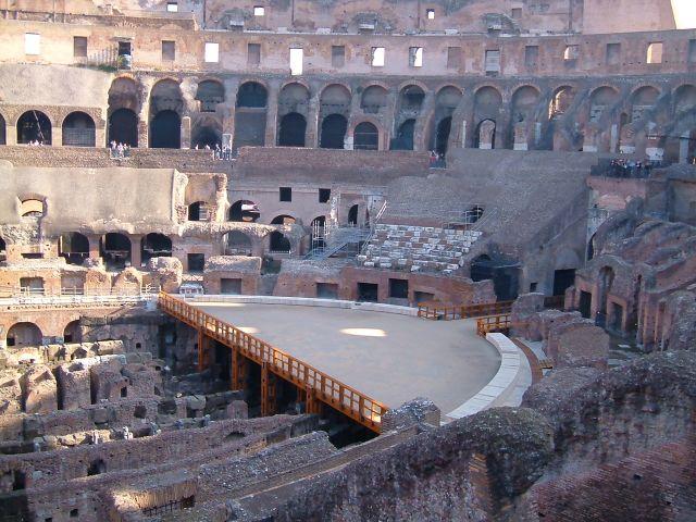 Zdjęcia: Rzym, Rzym, Rzym - rekonstrukcja areny w Koloseum, WłOCHY