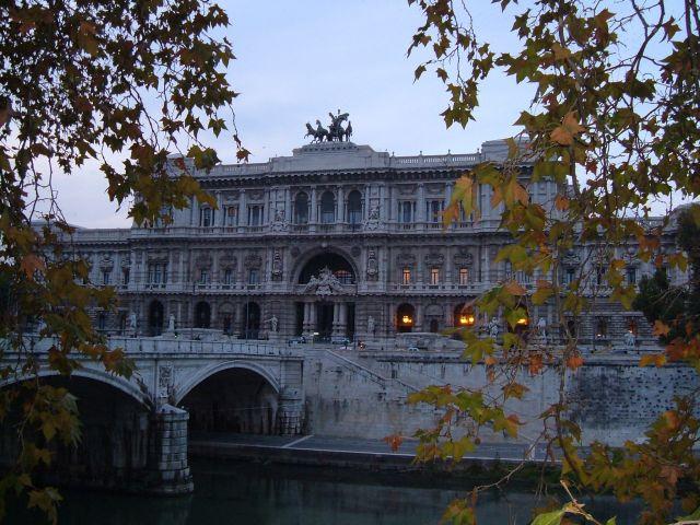 Zdjęcia: Rzym, Rzym, Rzym - Pallazo di Giustizja, WłOCHY