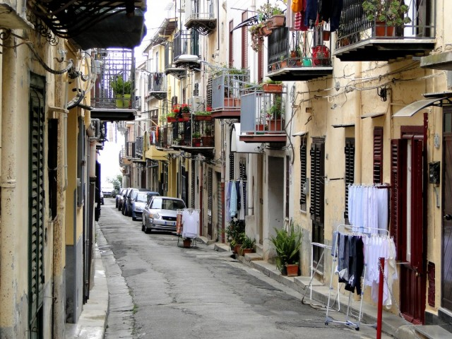 Zdjęcia: Monreale, Sycylia, Z podróży po Sycylii - w uliczkach Monreale., WłOCHY