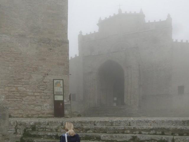 Zdjęcia: Erice., Sycylia, Z podróży po Sycylii - katedra we mgle :), WłOCHY