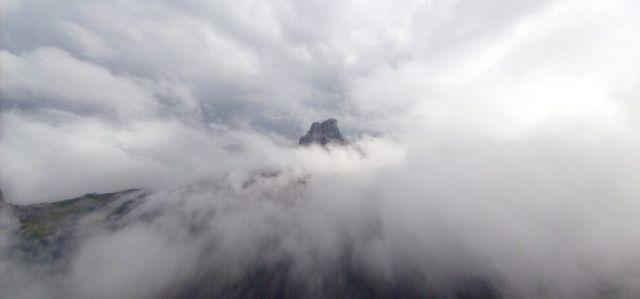 Zdjęcia: Dolomity, Pośrodku chmur i wiatru., WłOCHY