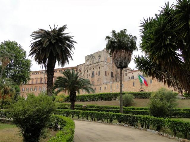 Zdjęcia: Palermo, Sycylia, Klimaty Palermo - Pałac Normanów, WłOCHY